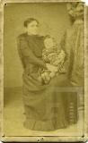 Retrato de mulher e criança desconhecida