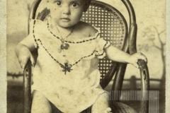 Retrato de menina desconhecida