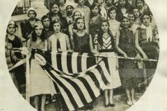 Bandeira oferecida pelas jovens de Pinda ao batalhão
