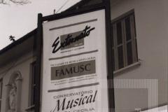 Placa na fachada do Externato São José, Faculdade de Música Santa Cecília e Conservatório Musical Santa Cecília