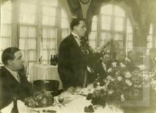 Cesar Salgado fazendo discurso